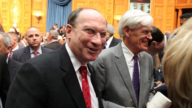 Chief Justice Ralph Gants mingled with Governor's Councilor Robert Jubinville (right) and others gathered in the House Chamber for Gov. Charlie Baker's 2016 State of the Commonwealth speech. Gants died Sept. 21 after a heart attack at age 85.