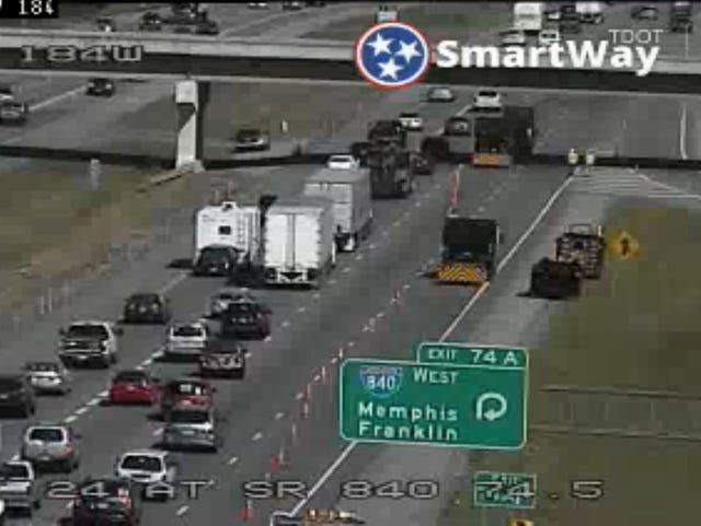 Westbound lanes closed on I-24 in Murfreesboro near I-840