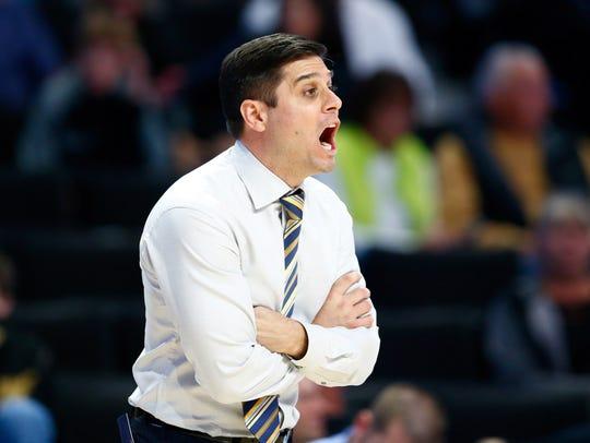 UNC Greensboro coach Wes Miller