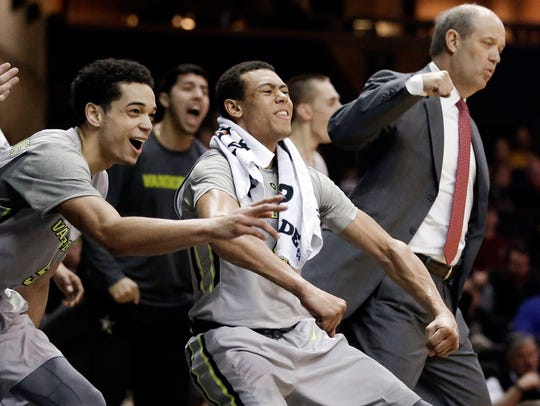 Vanderbilt's Wade Baldwin IV, center, reacts alongside