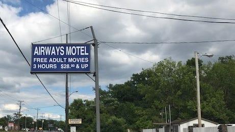 The Airways Motel on Lebanon Pike advertised three-hour rates.