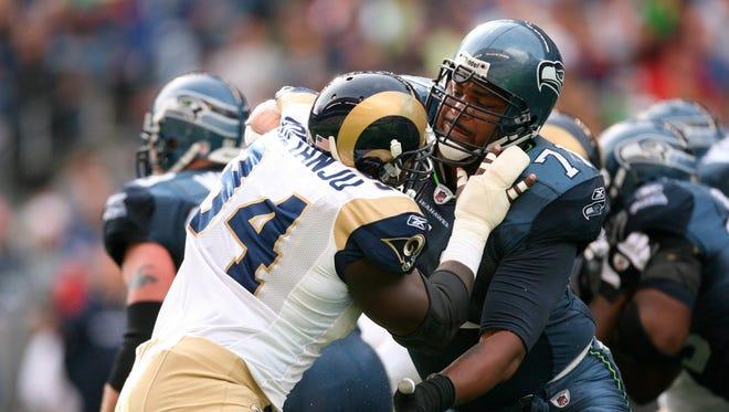 LT Walter Jones was a pivotal piece of the Seahawks' last Super Bowl run in 2005.