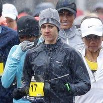 Molly Huddle struggles late, finishes 16th at Boston Marathon