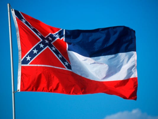 636159488329106089-flag.jpg