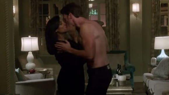 Scandal kiss