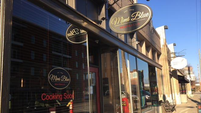 What used to be Evolve Salon becomes Mimi Blue Meatballs restaurant in early January 2015.