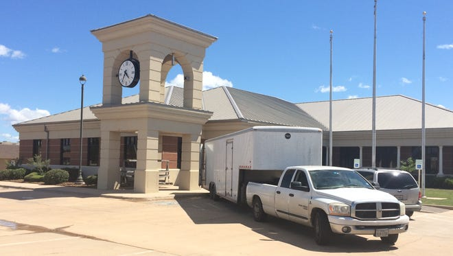 First Financial Bank will soon move in to the former location of CitiBank on Buffalo Gap Road.