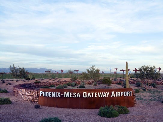 The Phoenix-Mesa Gateway Airport Authority is negotiating to land a customs facility that would expedite cargo headed to Mexico.