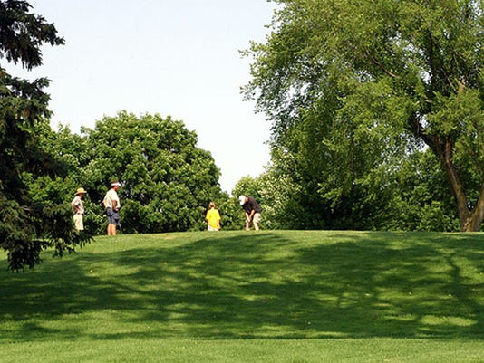 636337278170547782-Monona-Golf.jpg
