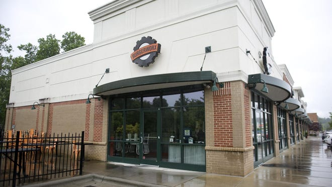 Burgerworx in Hendersonville, located at 638 Spartanburg Highway, Suite 10,  has announced it is closing.
