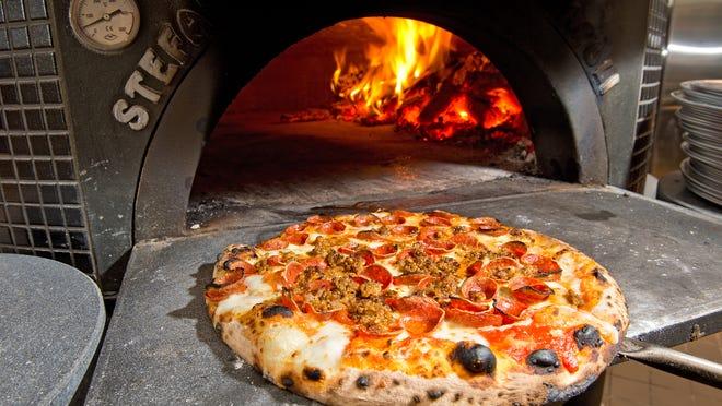 A Tavola's gorgonzola piccante pizza.