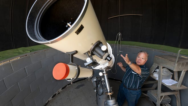 """Jupiter and Venus """"colliding"""" is just one of the many exciting celestial phenomena you can observe duringthe Tulare Astronomical Association's public viewing eventonSaturday, Nov. 23."""