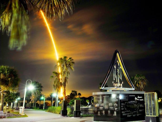 Craig Rubadoux/florida today  A SpaceX Falcon 9 rocket