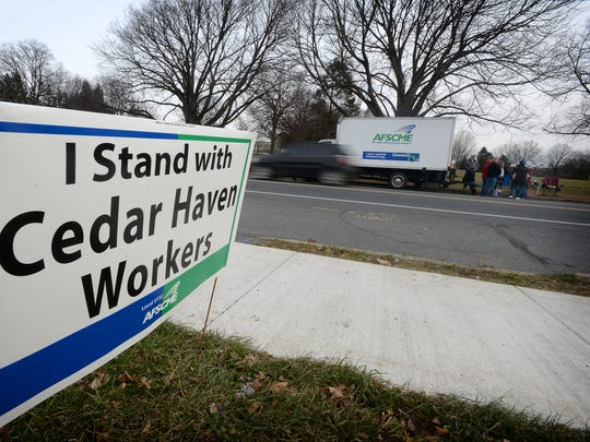 As colder weather moves in strikers at Cedar Haven