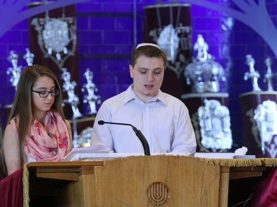 ASB 0419 Rumson Holocaust remembrance