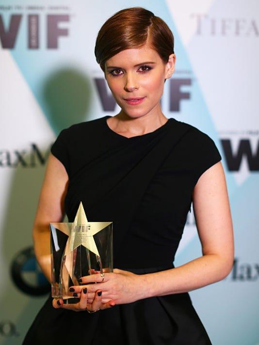Westchester Raised Actress Kate Mara Gets New Award And New Haircut