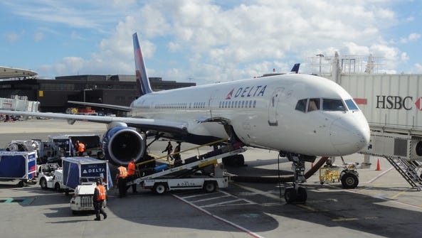 A Delta Air Lines Boeing 757 at the gate at New York