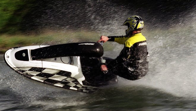 The Oregon State Marine Board requires operators of powerboats with more than 10 horsepower, including personal watercraft, and youths age 12 to 15 operating any type of powerboat, to complete a basic boating education course or pass an equivalency exam.