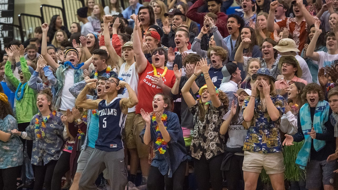 Watch: CASHS Crazies have become Chambersburg's 6th man