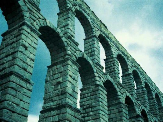 636510997716085569-arts-aquaduct.jpg