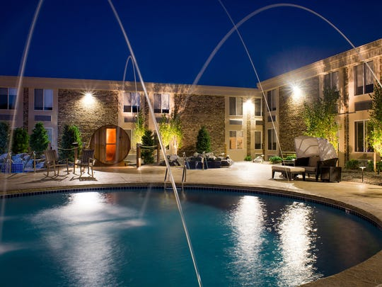 In Hotel Marshfield's courtyard are a swimming pool, whirlpools, sauna and four-season fire pit.