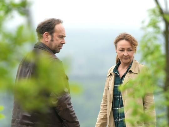Paul (Olivier Gourmet) and Claire (Catherine Frot)