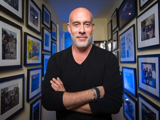 Marc Cohn walked in Bremerton for a May concert at