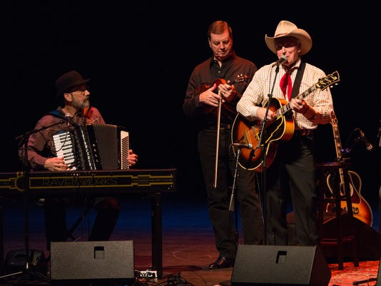 -MS_20150209_Photo Time Jumpers with Vince Gill for Opening Nights_0003. (2).jpg