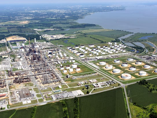 Refinery at Delaware City.  GARY EMEIGH/SPECIAL TO