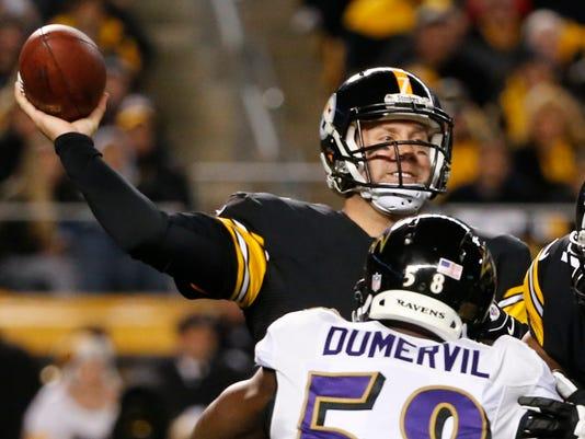 Ravens Steelers Footb_Levi (1).jpg