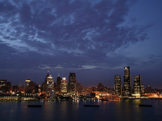 Detroit_skyline_night