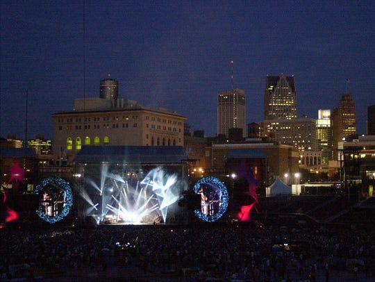 Dave Matthews' stage blends in with the Detroit skyline