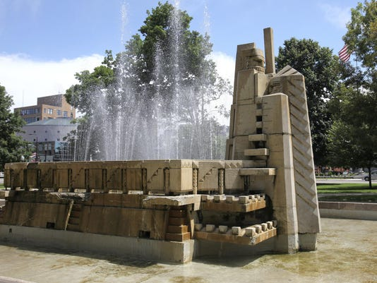 Kalamazoo Park Fountain
