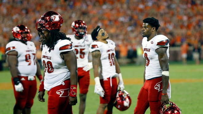 Louisville loses to Clemson 42-36. Oct. 1, 2016