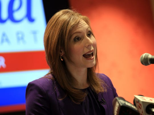 Former broadcast journalist Rachel Barnhart announced