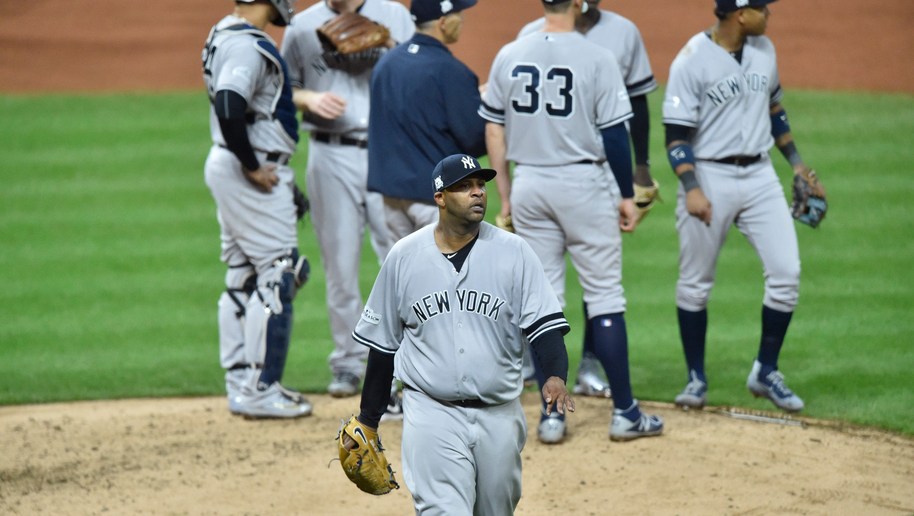 636433602116806830-usp-mlb-alds-new-york-yankees-at-cleveland-indian-94515833