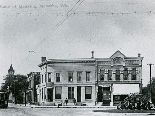 Bank of Menasha 01.jpg