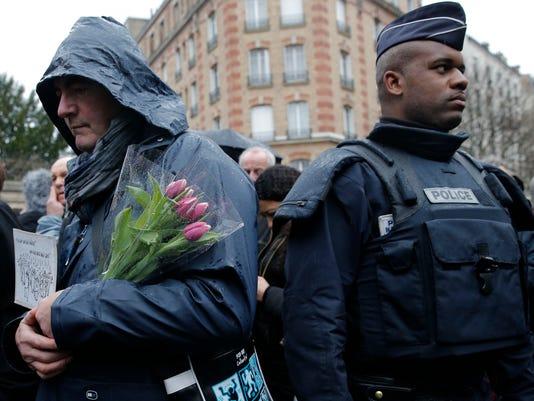 -WRTBrd_01-16-2015_Tribune_1_A006~~2015~01~15~IMG_France_Attacks_Charl_4_1_7.jpg