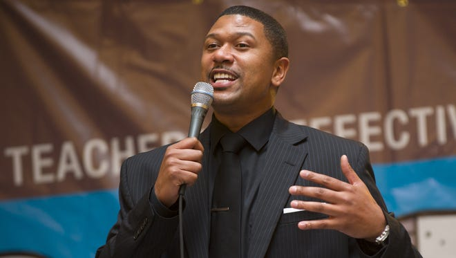 Former Indiana Pacer Jalen Rose talks with the audience about his past education and his current involvement in a Detroit-area charter school. Supporters of IndianaÕs charter school and private school voucher programs rallied at the Statehouse where they heard from Republican Gov. Mike Pence.The Indiana Statehouse Rotunda was filled with students and educators in support of education reform Monday, March 11, 2013. Keynote speaker at the rally was former Indiana Pacer Jalen Rose. / Doug McSchooler/for The Star