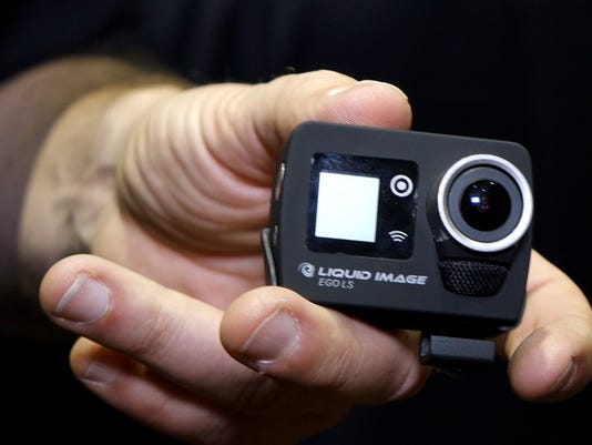 CES 2014: A wearable camera that broadcasts too
