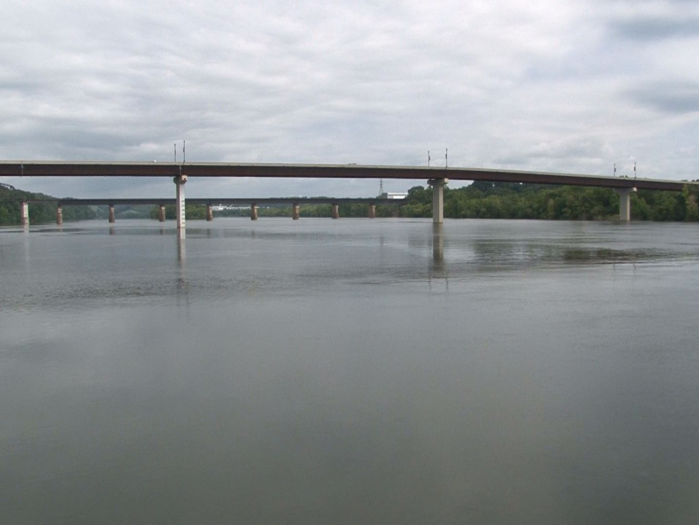 The bridge over the Tennessee River that connects Lenoir City and Loudon
