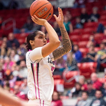 Lia Galdeira scored 23 points, but WSU fell short of