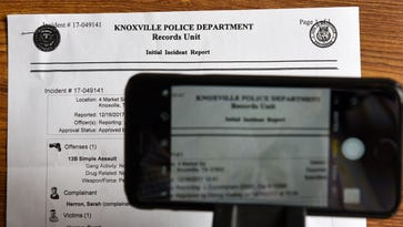 Close-up controversy: Cellphone pics expose new front in public-records debate