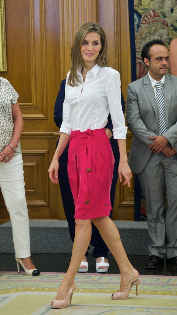 Queen Letizia in red skirt