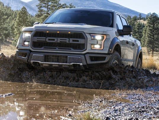 Ford reveals horsepower for new F150 Raptor performance truck (Photo ...