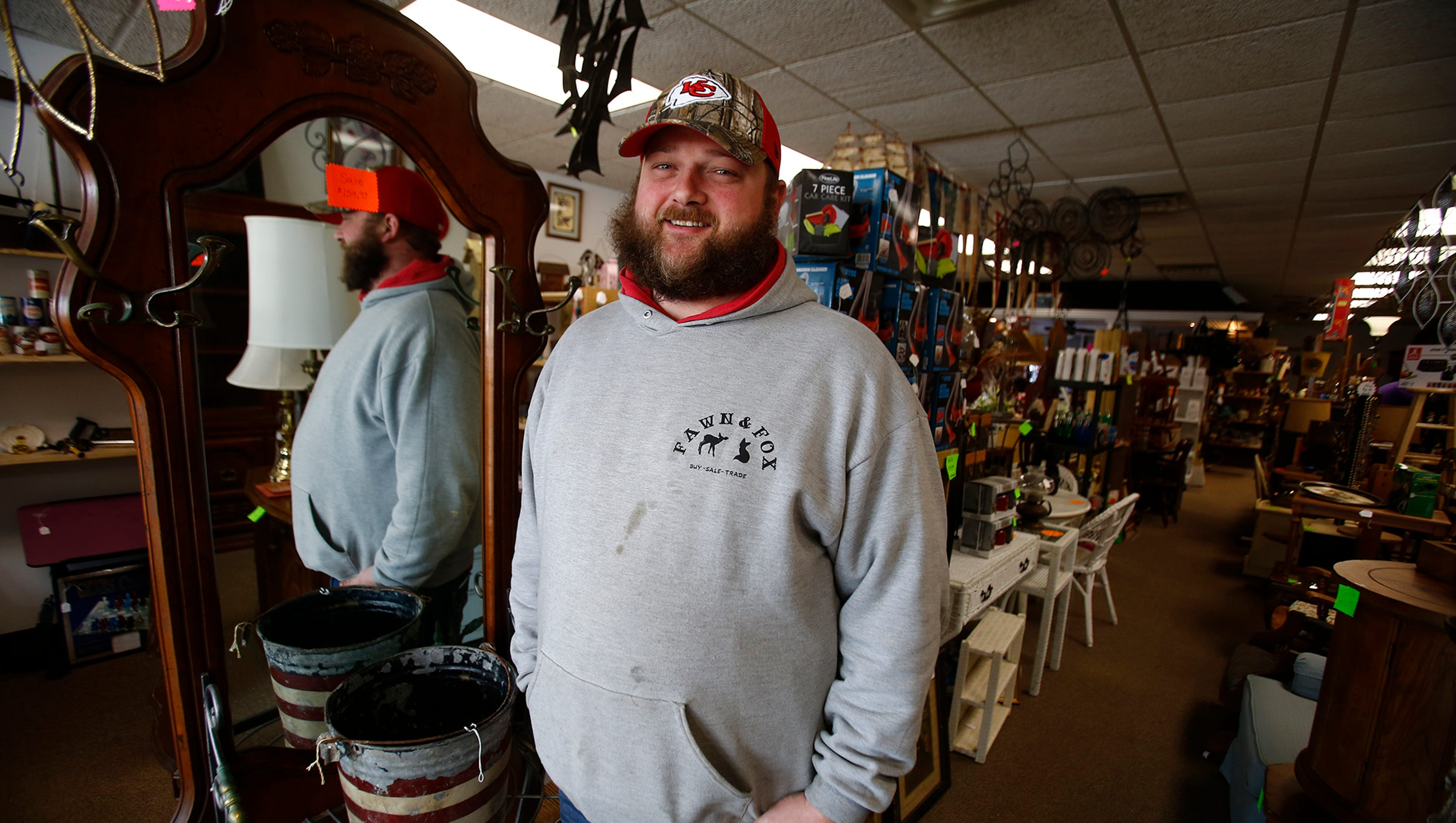 Fawn and Fox opens 'American Pickers' style store on Indianola square