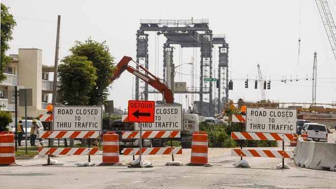 Construction on Southern Boulevard between South Flagler Drive and Washington Road in West Palm beach forced traffic on April 13 to take a detour to access the Southern Boulevard replacement bridge.