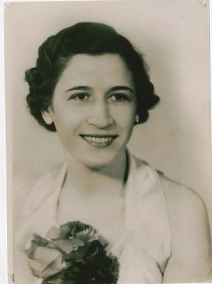 Image of Vivian Maddox ca. 1938
