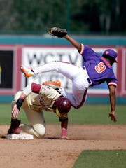 Florida State outfielder Jackson Lueck makes it safely