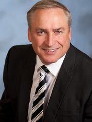 Peter Schmidt, a financial advisor for CUNA Brokerage